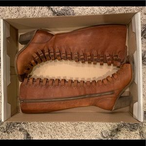 Frye Izzy belted boots